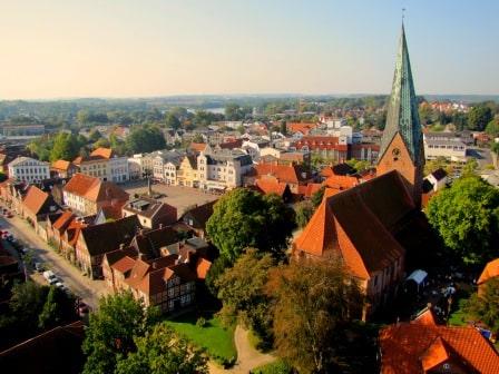 Luftbild des Eutiner Marktplatz